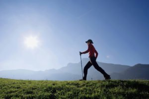 Frau Nordic Walking